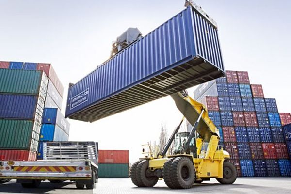 Những thủ tục cần thiết khi nhập khẩu hàng hóa về Việt Nam